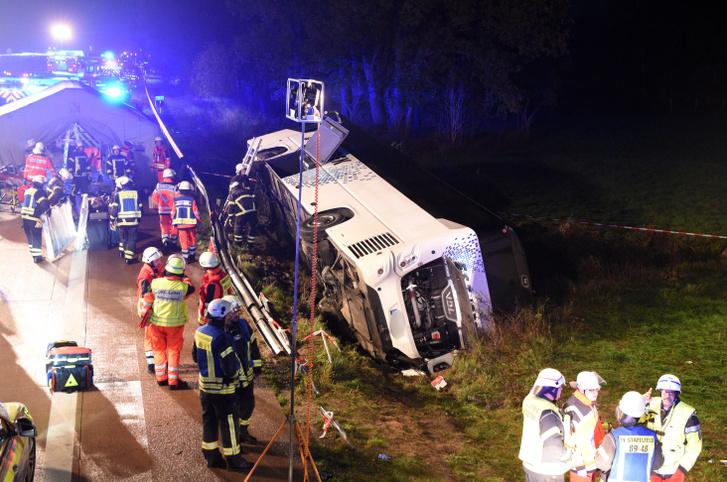 Mentés a baleset helyszínén 2019. november 9-én.