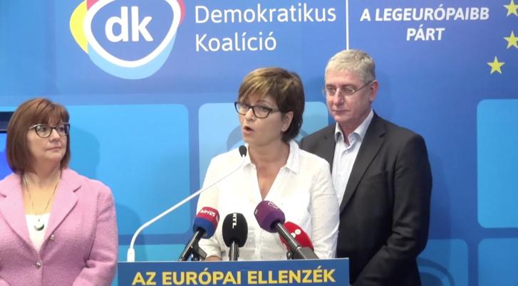 Gy. Németh Erzsébet, Kálmán Olga és Gyurcsány Ferenc közös sajtótájékoztatója