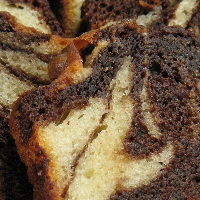 Márványos kakaós-vaníliás piskóta – Látványos, puha, finom sütemény