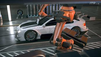 Ezer lóerős villanyautókat versenyeztetne a DTM szervezője