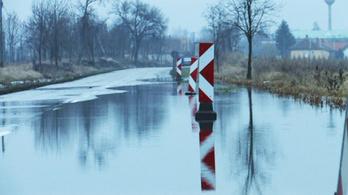 A belvíz és aszály a helytelen gazdálkodás tünetei