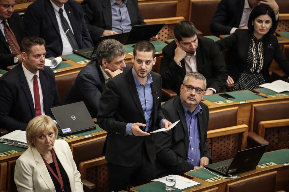 Ungár Péter vagyona apadt 2019-ben, de még így is az egyik leggazdagabb képviselő