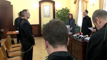 Zuschlag büntetését 6 évre csökkentették