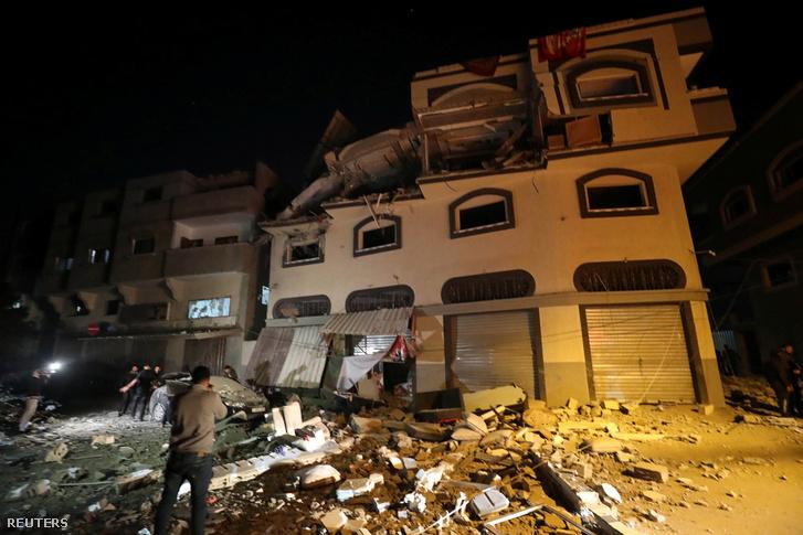 Bahá Abu al-Atta gázai otthona a légicsapás után 2019. november 12-én