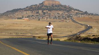 550 nap alatt a Föld minden országában futott egy maratont egy brit férfi