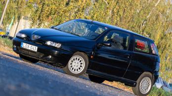 Használtteszt: Alfa Romeo 145 1,6 Twin Spark - 2000.