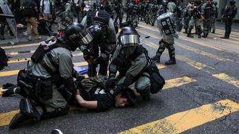 Tovább durvulhatnak a hongkongi tüntetések