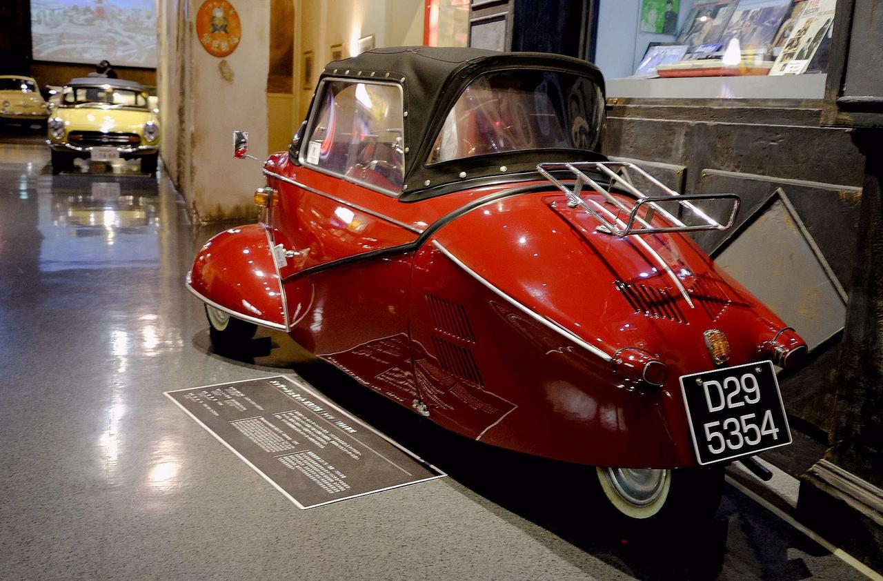 Ez hogy került Japánba? Német szükségautó a nyomorult ötvenes évekből - ma már olcsóbb Ferrarikkal egyenértékű kult-tárgy. Messerschmitt KR175 Kabinenroller, 1954