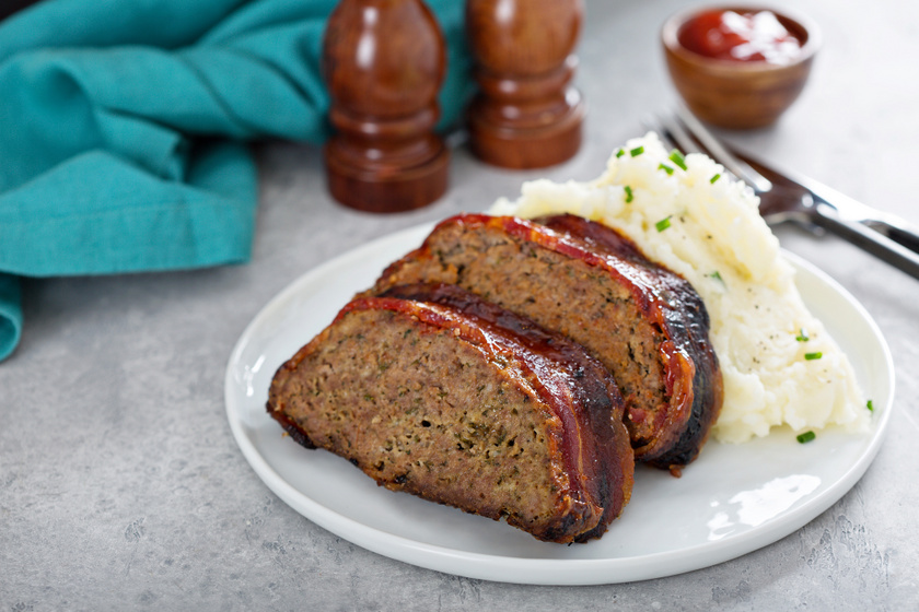 Szaftos, baconös vagdalt egyben sütve: így nem fog kiszáradni