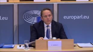 A nemzeti és európai politika egyensúlyát ígéri Várhelyi