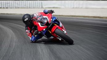 A Honda nem fog azonnal a dobogóért menni a Superbike-ban