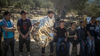 Ankara szerint Athén több tízezer embert toloncolt vissza illegálisan Törökországba