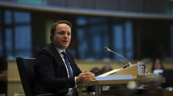 Nem ment át elsőre a magyar biztosjelölt az EP-meghallgatáson