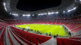 Luis Suárez félpályás góllal avatta fel a Puskást