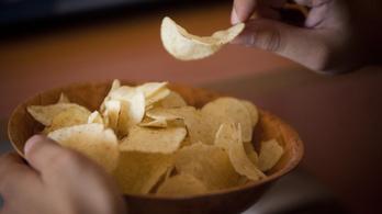 Sokat ártanak a szívnek a sós rágcsálnivalók, üdítőitalok és társaik