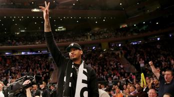 Egy év után visszatér a háromszoros olimpiai bajnok NBA-sztár