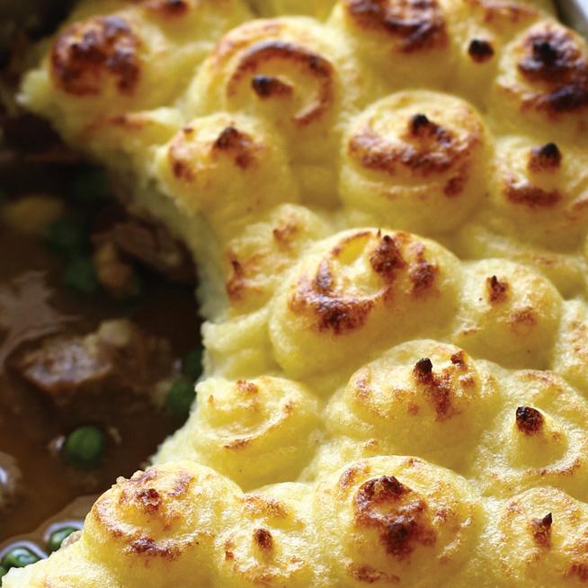 Így készül a krumplipüré alatt sült húsos ragu, vagyis a francia parmentier