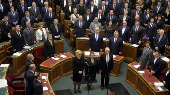 Amnesty: Mégis szétverné a bíróságok függetlenségét az Orbán-kormány