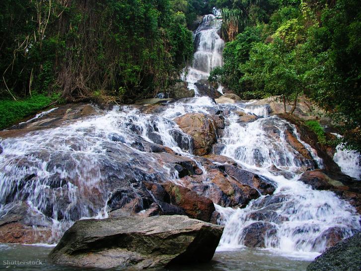 A Na Muang 2 vízesés