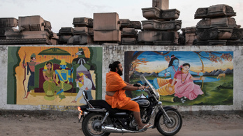 Egy istenség nyerte India történetének legfontosabb perét