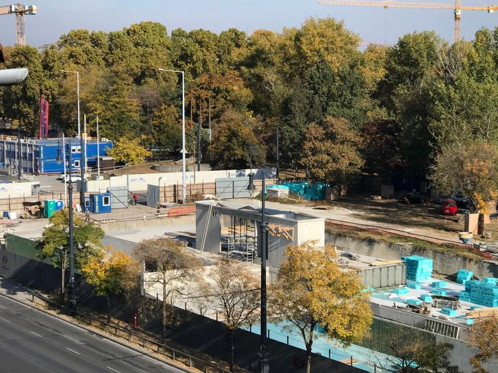 Az építkezés az Ötvenhatosok terén 2019. október 20-án