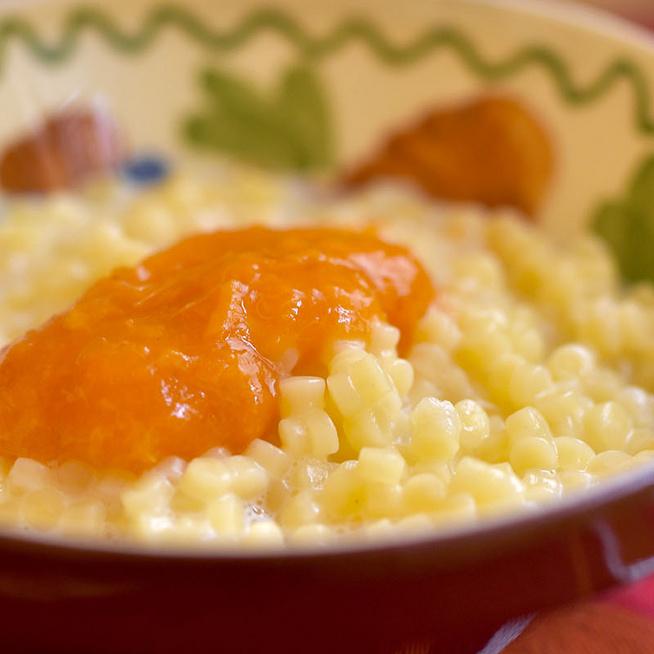 Édes tejben főtt tarhonya - Hagyományos, régi magyar étel