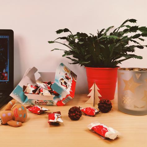 Öltöztesd ünnepi köntösbe az irodai asztalodat!