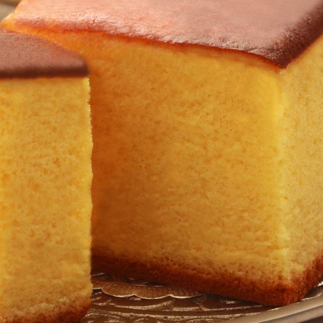 Puha, omlós, magas piskóta, ami sok süteménynek eszményi alap