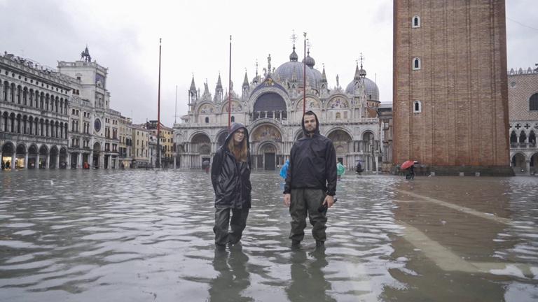 Bejártuk az elárasztott Velencét