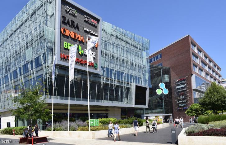 Allee bevásárlóközpont épületei Újbudán