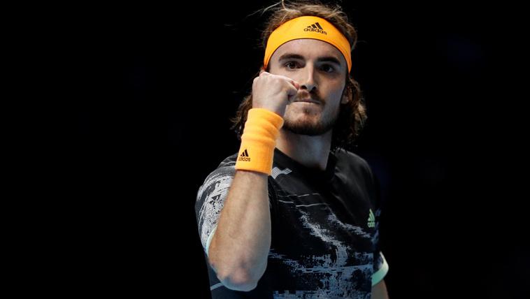 Cicipasz kiütötte Federert a évzáró ATP-torna elődöntőjében