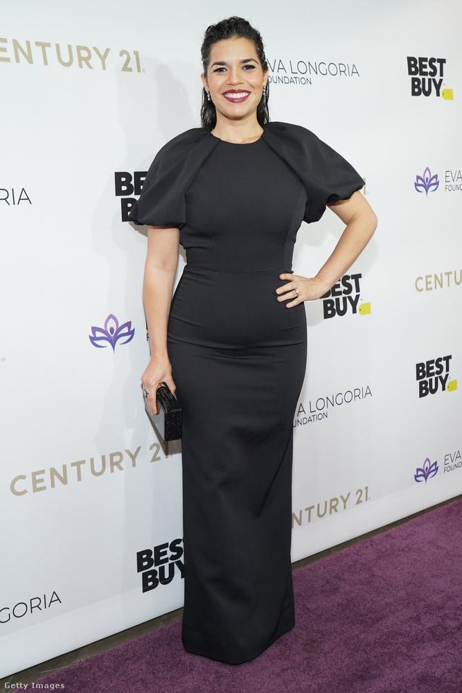 A gálán részt vett többek között America Ferrera is, aki a Betty, a csúnya lány című sorozat címszerepével vált világhírűvé.
