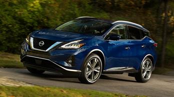 Közel 400 ezer autót hív (újra) vissza a Nissan