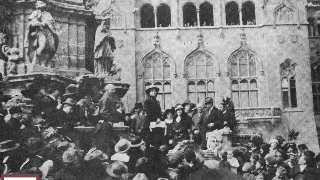 Százéves a magyar női választójog