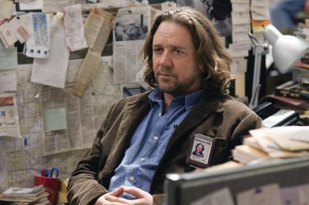 Új cikkén agyal a rendetlen sztárpublicista (Russell Crowe)