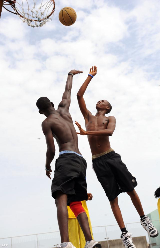 Egy kosármeccs Nigériában