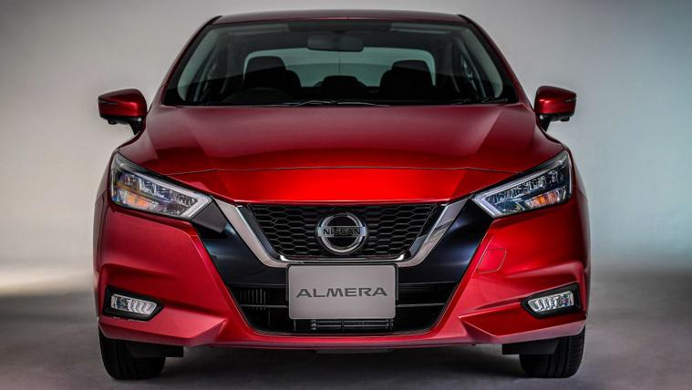 Újra bemutatnak egy Nissan Almerát
