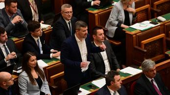 Jakab Orbánnak: Vállalná a hazugságvizsgáló gépet Mészáros Lőrinc vagyonával kapcsolatban?