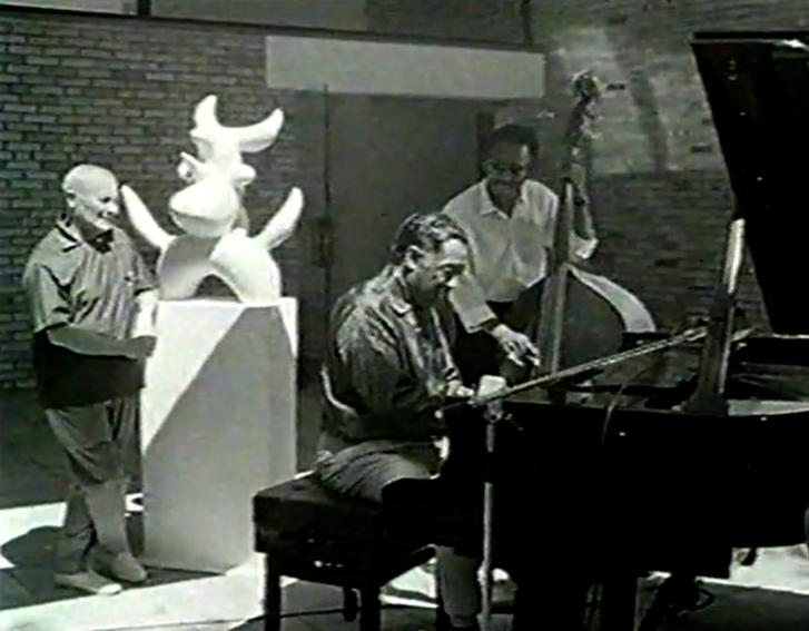 2019-11-18 21 57 12-Duke ELLINGTON & Joan MIRO - 1966 on Vimeo.p