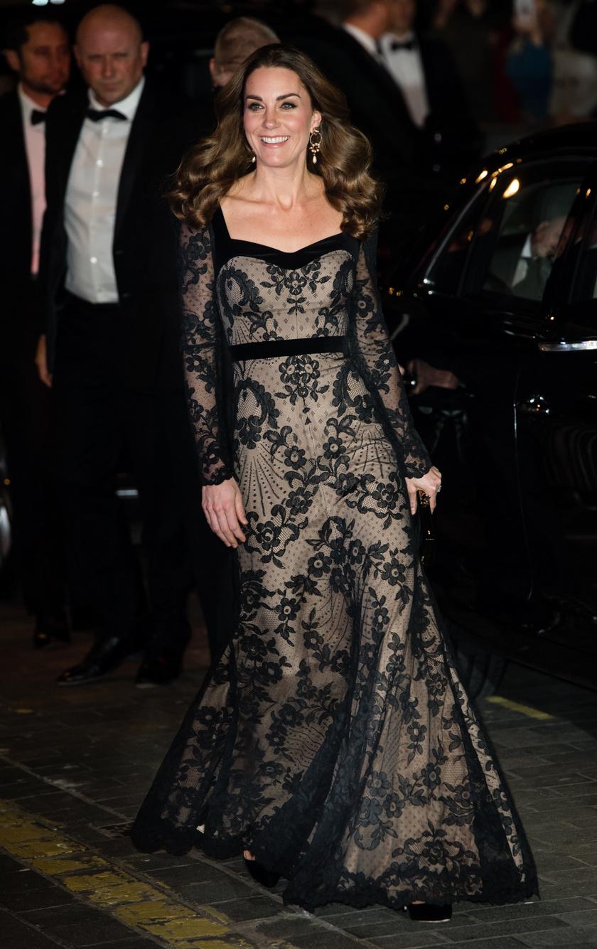 Katalin hercegné - mint mindig - most is lehengerlően nézett ki.
