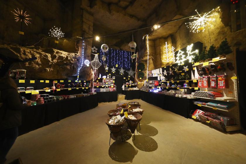 Nézd meg, hogyan karácsonyoznak a föld alatt - Ez a legkülönlegesebb karácsonyi vásár Európában