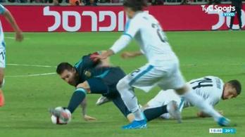 Messi lehetetlen csellel etette Suárezéket