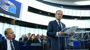 Orbán lengyel ellenfele vezeti majd a Néppártot