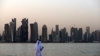 Katar óceánjárókon szállásolja el a futball-vb szurkolóit