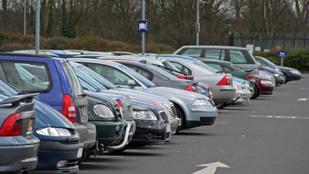 Így találd meg a legjobb parkolóhelyet: a tökéletes stratégia