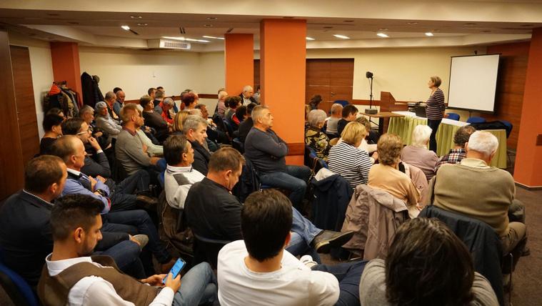 Feloszlatják a Fidesz siófoki alapszervezetét