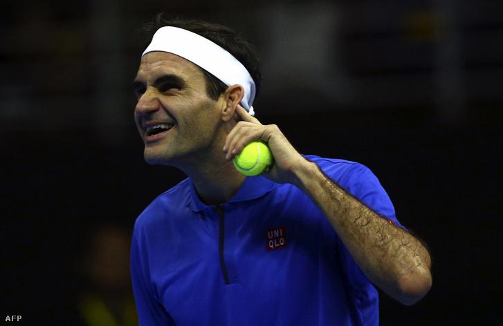 Roger Federer egy santiagói bemutatómeccsen