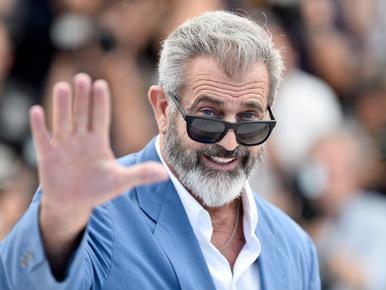 Mel Gibson mezítláb ment le a közértbe
