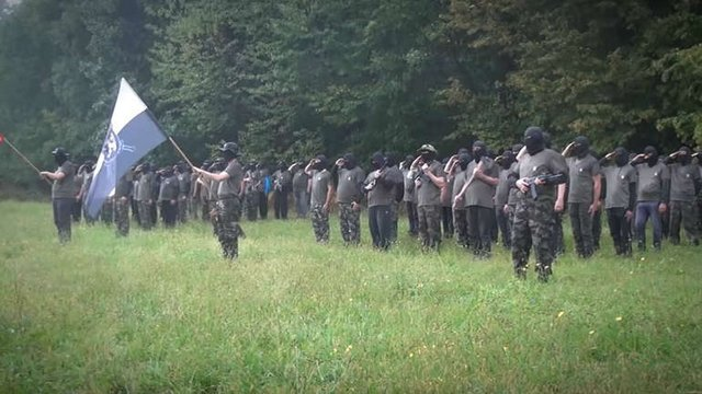 Félkatonai alakulatok a szlovén-horvát határon