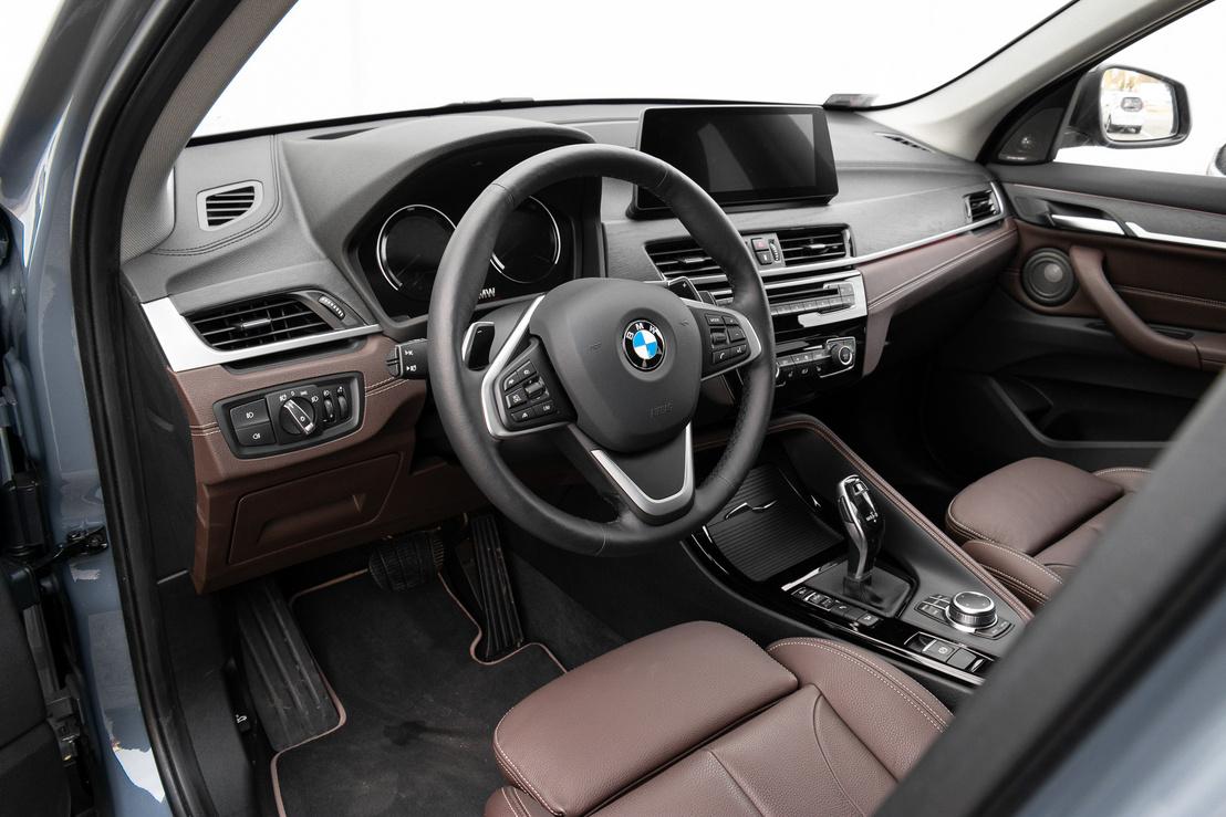 Ritkán érzem azt, hogy egy BMW minőségibb az Audi-féle konkurens modellnél, de az X1 egyértelműen a Q3 fölé nő